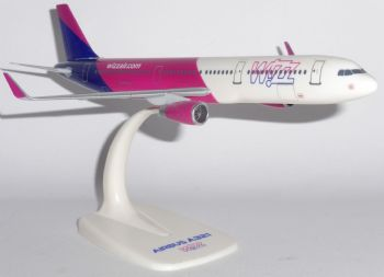 Airbus A321 Wizzair Wizz Air Hungary Dekstop Collectors Model Scale 1:200 Every